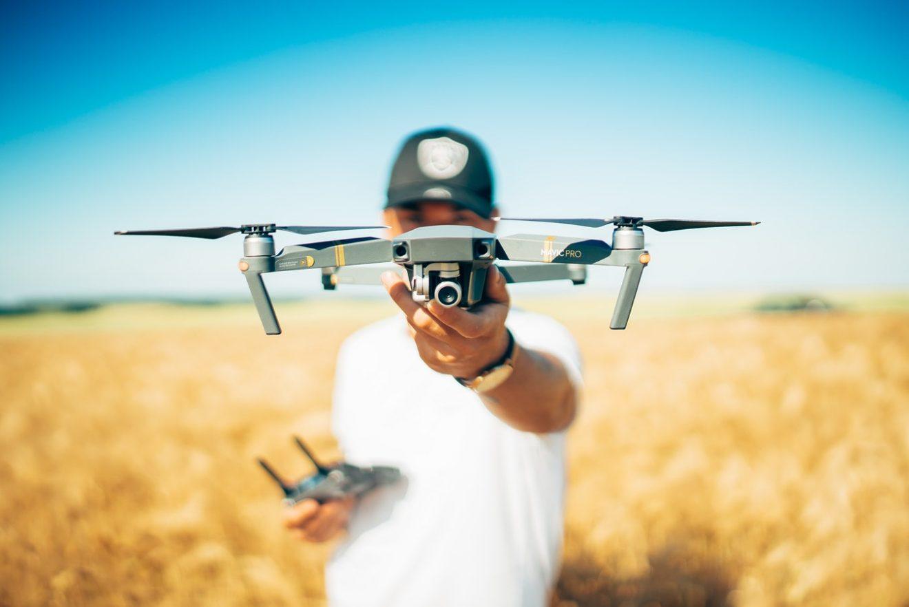 Правила использования дронов. Нужно ли регистрировать квадрокоптер в России